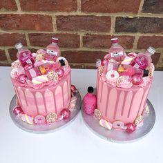 coffee mug cake recipe Alcohol Birthday Cake, Birthday Drip Cake, Twin Birthday Cakes, Alcohol Cake, 30th Birthday Cake For Women, Liquor Cake, 18th Cake, Bottle Cake, Friends Cake