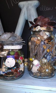 Bits and pieces in memory jars