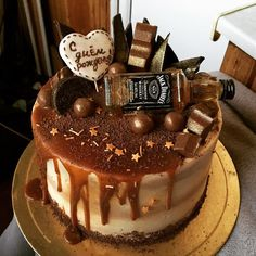 Ideas Birthday Food For Adults Alcohol Birthday Cakes For Men, 19th Birthday Cakes, Cake Birthday, Happy Birthday, Rodjendanske Torte, Alcohol Cake, 18th Cake, Dad Cake, Rhubarb Cake