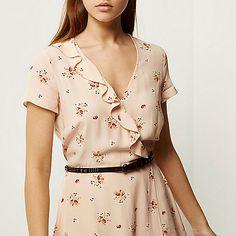 Beige floral print belted dress - day / t-shirt dresses - dresses - women