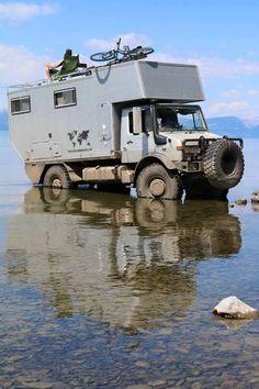 Mercedes-Benz Unimog Adventure Camper Truck with the rear Living Module 4x4 Trucks, Cool Trucks, Off Road Camping, Mercedes Benz Unimog, Adventure Campers, Terrain Vehicle, Bug Out Vehicle, Truck Camper, Offroad Camper