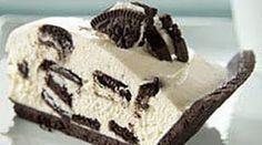 Quick OREO Cheesecake recipe from Kraft Foods Cheescake Oreo, Baked Oreo Cheesecake Recipe, Cheescake Factory, Cheescake Recipe, Cookie Cheesecake, Just Desserts, Delicious Desserts, Dessert Recipes, Yummy Food