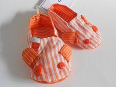 Sapatos de algodão de bebé EM SALDO Zantufas: carapim by Zezling