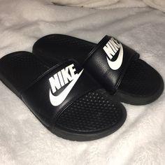 0c3aa5166180 7 Best Nike Benassi slides images