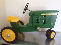 john deere pedal tractor and Trailer-Antique