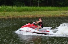 Do you want to experience the archipelago east of Helsinki in a fun way? Take part in a jet ski safari. Jet Ski, Helsinki, Rio, Safari, Online Travel, Rowing, Travel Agency, Summer Activities, Day Tours