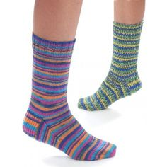 Free Pattern for my fav sock yarn Kroy socks.