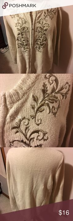 Long sleeved sweater by croft and barrow This is a long sleeved beige sweater by croft and barrow it's a cardigan it's a zipper front it's s size medium it's made of acrylic and ramie and 10% silk croft & barrow Sweaters Cardigans