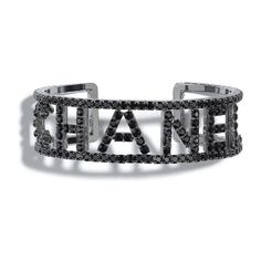 Costume jewelry of the {collectionName} CHANEL Fashion collection : Cuff, metal & strass, ruthenium & black on the CHANEL official website. Cute Jewelry, Jewelry Sets, Chanel Cuff Bracelet, Bracelets, Louis Vuitton Earrings, Fashion Accessories, Fashion Jewelry, Chanel Official Website, Cute Sunglasses