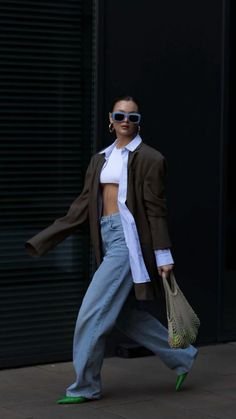 Fresh Outfits, Chic Outfits, Fashion Outfits, Fall Outfits, Street Style Summer, Street Style Women, American Street Fashion, Cute Comfy Outfits, Blazer Outfits