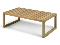 Simple, yet stylish, the Skagerak Virkelyst Coffee table from the range of the same name, is ideal for outdoor living.
