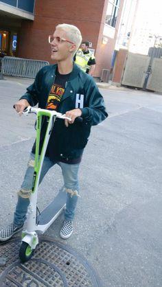 June 11: fan taken photos of Justin outside the arena in Winnipeg, Canada