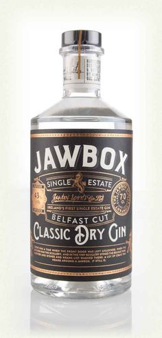 Jawbox Gin by the Ards Peninsula, on the north-east coast of Northern Ireland. Whiskey Label, Whiskey Brands, Gin Brands, Scotch Whiskey, Whisky, Rum Bottle, Gin Bottles, Vodka, Tequila