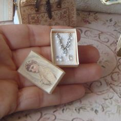 OOAK-Dollhouse vintage box bridal jewelry. 1:12 Miniature jewelry necklace earings rings gift box miniature collectors.