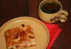 Lohipiirakka venäläisittäin Pancakes, Pudding, Breakfast, Desserts, Tailgate Desserts, Pancake, Dessert, Puddings, Deserts