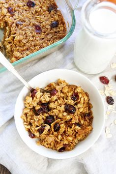 This oatmeal is so easy you don't even have to stir it, which is like, so boring. | 23 Reasons To Never Eat Breakfast
