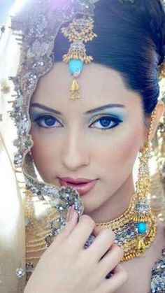 58 Trendy pakistani bridal makeup make up indian beauty Indian Bridal Makeup, Asian Bridal, Bridal Beauty, Wedding Day Makeup, Bride Makeup, Wedding Bride, Wedding Gowns, Beauty And Fashion, Braut Make-up