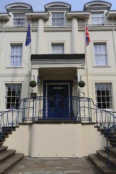 Banbury House entrance