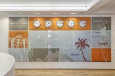 Картинки по запросу travel agency interior