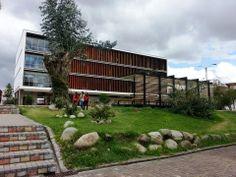 Aulario - Univesidad de Cuenca Arquitecto Javier Durán, Cuenca-Ecuador