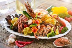 Grelhado de frutos do mar, do restaurante Casa di Vina, em Itapuã, Salvador