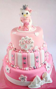 Hello Kitty taart cake