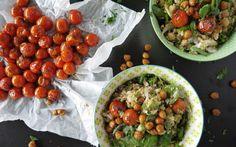 Tomaat is heel veelzijdig in de keuken, je kan er namelijk heel veel verschillende dingen mee doen. Kijk snel hier voor inspiratie met tomaat.