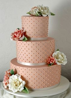 A beaded wedding cake is always an elegant choice when it comes to deciding on how to have your special dessert decorated. Beautiful Wedding Cakes, Gorgeous Cakes, Pretty Cakes, Amazing Cakes, Big Cakes, Just Cakes, Fancy Cakes, Unique Cakes, Creative Cakes