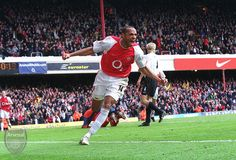 I was there. Thierry Henry (Arsenal) celebrates scoring his 2nd goal. Arsenal 4:2 Liverpool. Barclays Premier League. Highbury, 9/4/04. Credit : Arsenal Football Club / David Price.