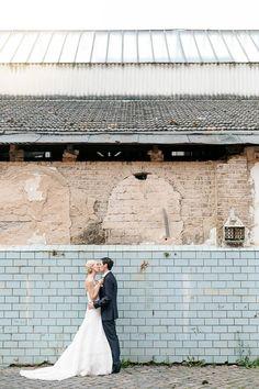 Hochzeitspaar Paarbild Braut Bräutigam in der Tuchfabrik Euskirchen fotografiert von Anni Hochzeitsfotografie - Hochzeitsfotograf Köln
