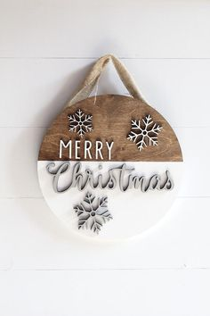 Wooden Christmas Decorations, Christmas Signs Wood, Holiday Signs, Farmhouse Christmas Decor, Christmas Door, Plaid Christmas, Christmas Time, Christmas Wreaths, Christmas Ornaments