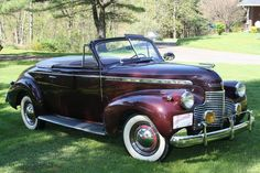 1940 Chevrolet Deluxe Convertible Maintenance/restoration of old/vintage vehicles: the material for new cogs/casters/gears/pads could be cast polyamide which I (Cast polyamide) can produce. My contact: tatjana.alic@windowslive.com