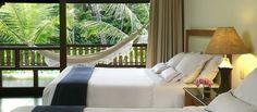 Quarto com madeira e ratan - Hotel Tivoli Bahia