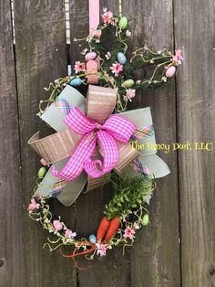 Moss bunny with a hand tied bow, pip berry garland, paper flowers and two carrots! Easter Gift, Easter Decor, Easter Bunny, Easter Wreaths, Holiday Wreaths, Berry Garland, Easter Sale, How To Make Wreaths, Door Hangers