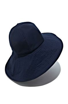Cute fisherman hat for the beach. Will look glamorous with over-sized sunglasses.