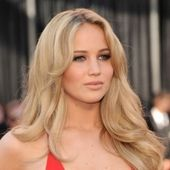 The Hunger Games star Jennifer Lawrence Will it be hot or not? What do you think pinterest? Go to our online poll!