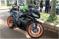 Encontro de Motos no Castelo Plaza em São Carlos