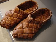 Birch shoes from storebukkebruse on Flickr - they do contain.........