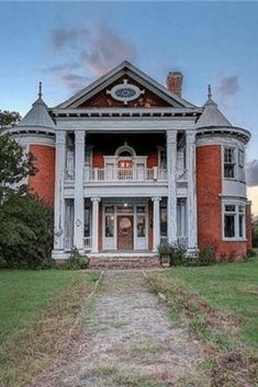 1898 victorian for sale in ladoga indiana old houses pinterest rh pinterest com