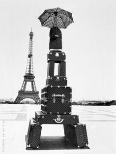 Jacques Henri Lartigue : The Eiffel Tower for Louis Vuitton, 1978