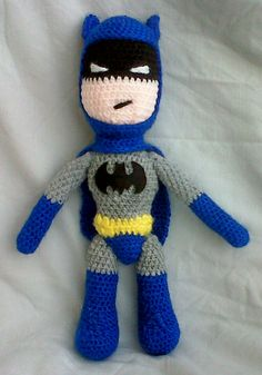 Crochet Batman this makes me want to learn to crochet lol. Cute Crochet, Crochet Crafts, Crochet Dolls, Yarn Crafts, Knit Crochet, Knitting Projects, Crochet Projects, Sewing Projects, Amigurumi Patterns