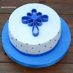 #comunion #cake #varon #boy #communion Quinceanera Cakes, Communion, Kids Meals, Diy And Crafts, Birthday Cake, Yummy Food, Desserts, Ideas, Pastries