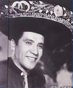 Miguel Aceves Mejia el uuuuuiiiii