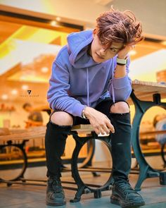 Mera dil sirf isa par hi fida hai 😜❤️❤️ Cute Boy Photo, Photo Poses For Boy, Cute Girl Pic, Baby Girl Photos, Girl Pictures, Best Facebook Profile Picture, Photoshoot Pose Boy, Handsome Celebrities, Stylish Photo Pose