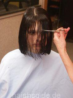 Short Hairstyles For Thick Hair, Hairstyles With Bangs, Cut My Hair, Hair Cuts, Wet Set, Hair Falling Out, Short Bangs, Hair And Beauty Salon, Hair Affair
