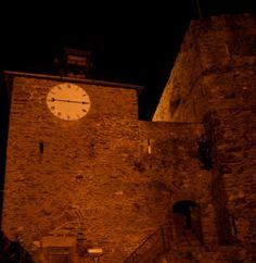Visita nocturna a la fortaleza de Bouillon
