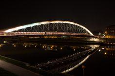 Kladka Bernatka - Walking bridge across the Wisla, Krakow, Poland Bridge Design, Pedestrian Bridge, Creative Photos, Sydney Harbour Bridge, Beautiful Places, Krakow Poland, Scion, Landscape, Bridges
