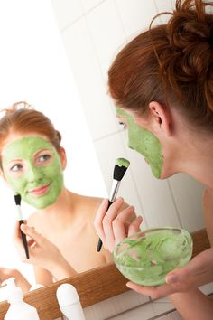 5 Amazing Homemade Face Masks Scrubs Recipes--Anti-Aging: Chocolate Mask 2 tablespoons of cocoa, 2 tablespoons of plain yogurt, 1 tablespoon of honey, 3 teaspoons of oatmeal powder