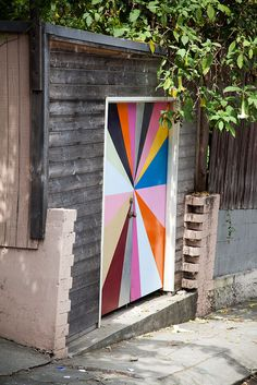 I want a door like that!