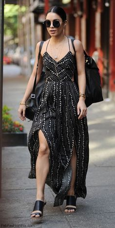 This dress is everything a boho loving chica could want.. #VanessaHudgens #Bohostyle